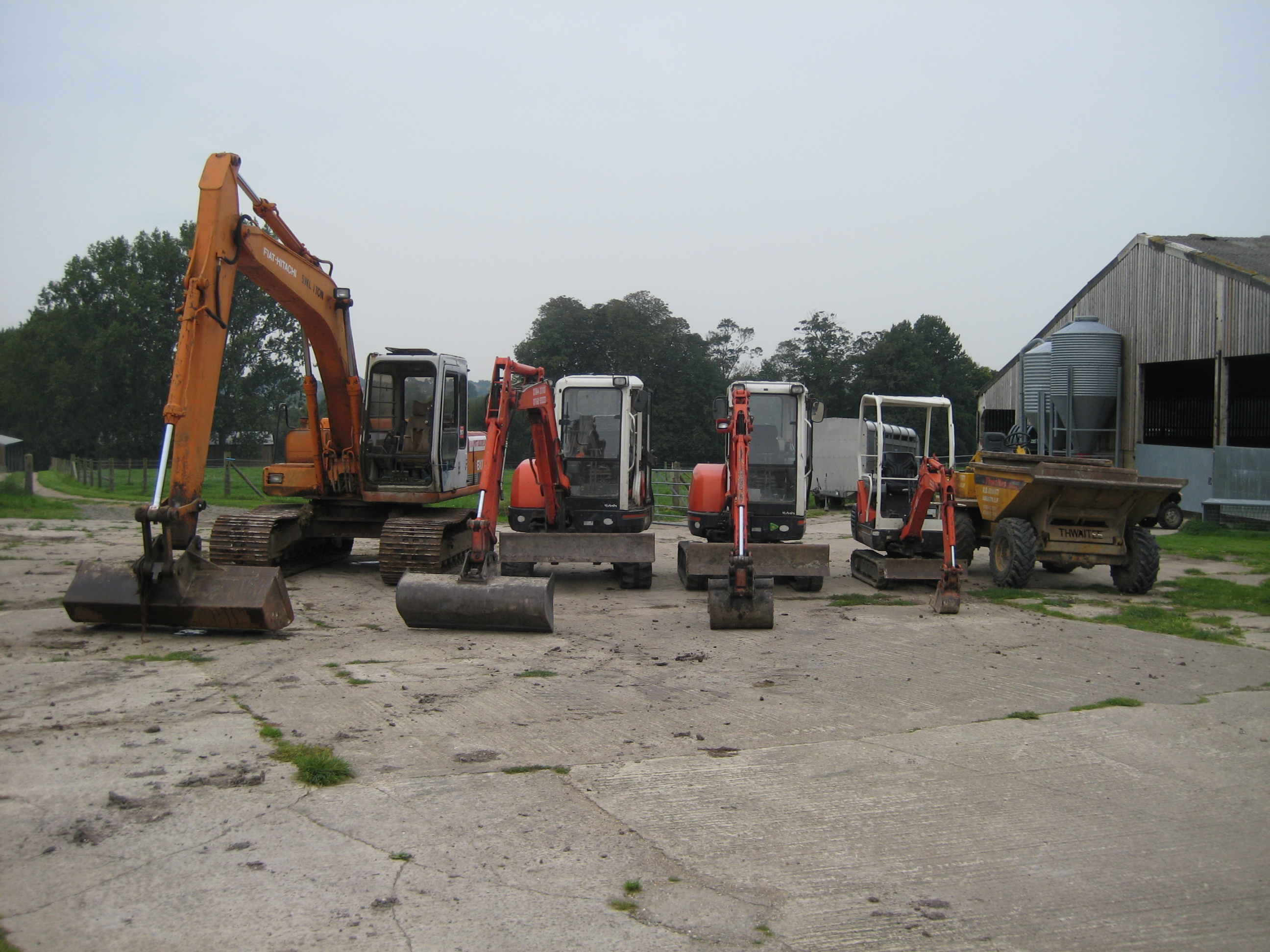 1 to 13 tonne fleet of machines